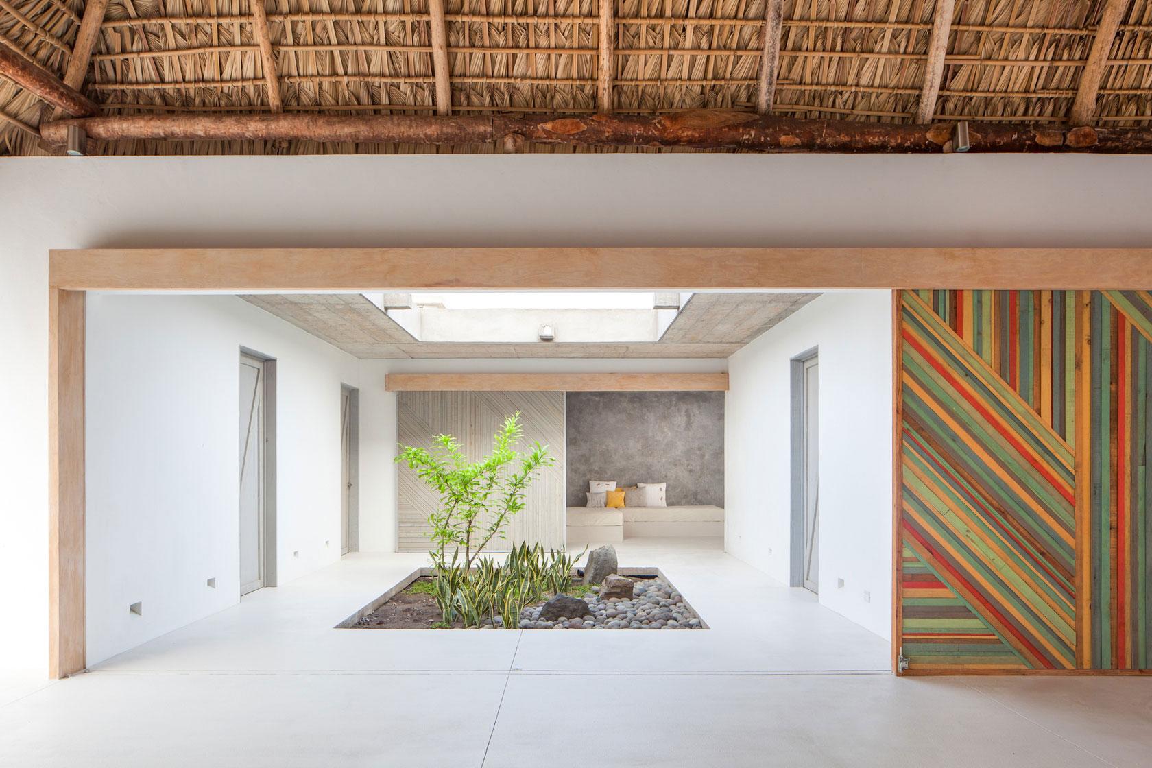 Оригинальный декор стен в интерьере - Фото 15