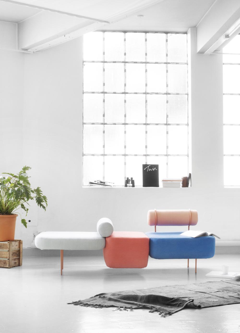 Кресло в стиле дизайна Мемфис