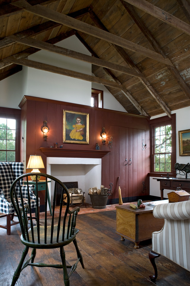 Деревенский стиль в дизайне интерьеров домов - антикварные подсвечники