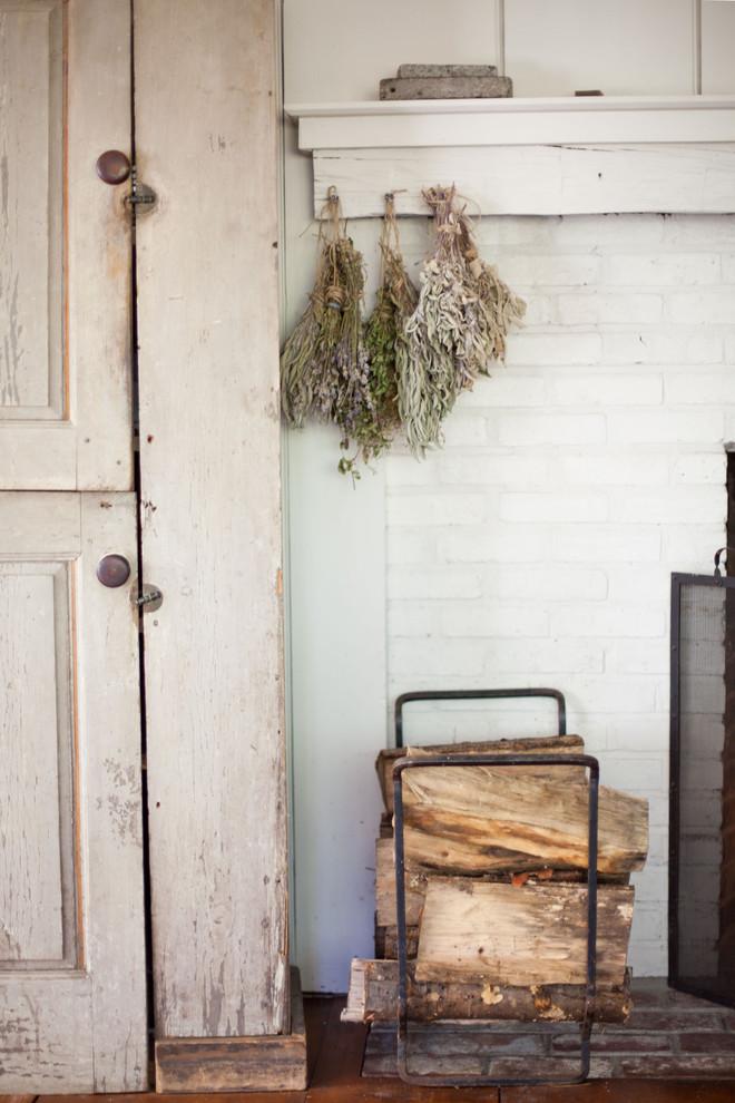 Деревенский стиль в дизайне интерьеров домов - засушенные травы в декоре дома