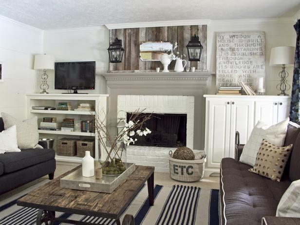 Деревенский стиль в дизайне интерьеров домов - старые доски в декоре гостиной