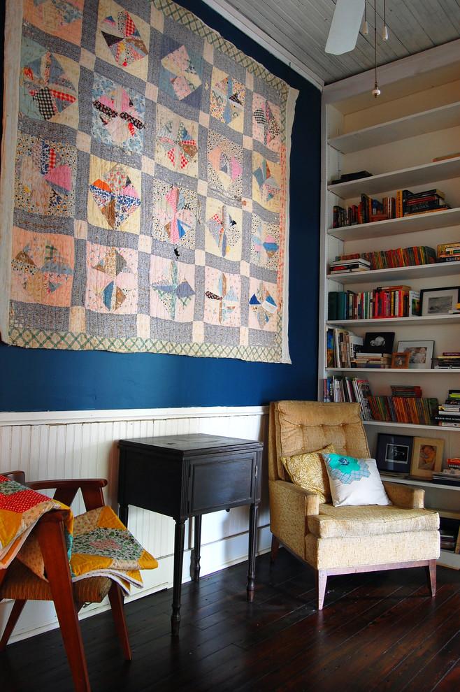 Деревенский стиль в дизайне интерьеров домов - ковёр на стене