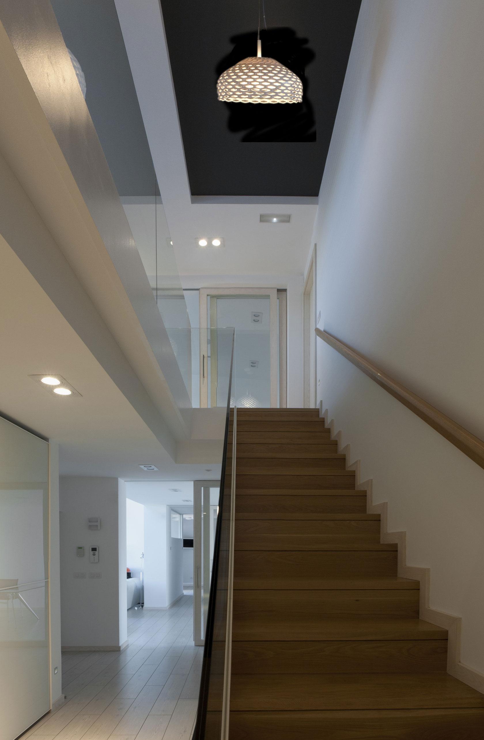 Деревянная лестница в интерьере - Фото 23