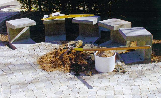 Чудесный процесс создания садовой скамьи