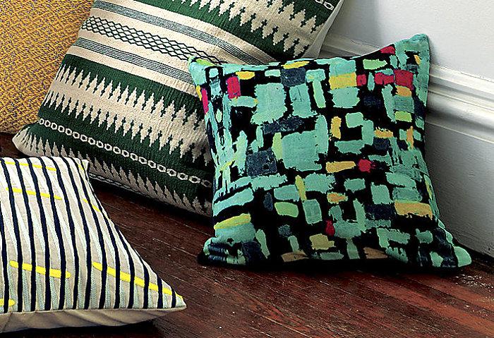 Декоративные детали интерьера - узор на подушках