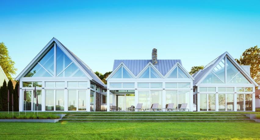 Дизайн панорамного остекления в загородном доме