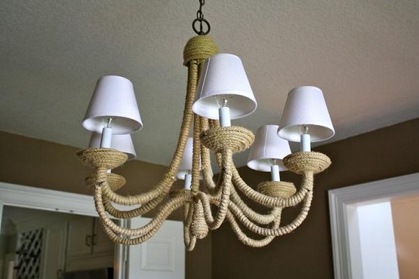 Красивый подвесной светильник в интерьере