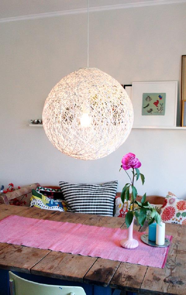 Креативный подвесной светильник в интерьере