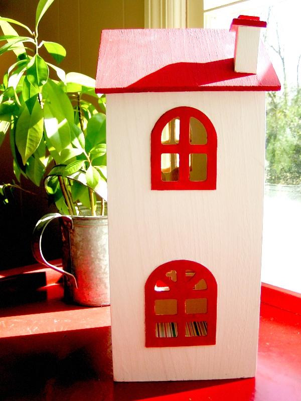 Необычный кукольный домик для детей
