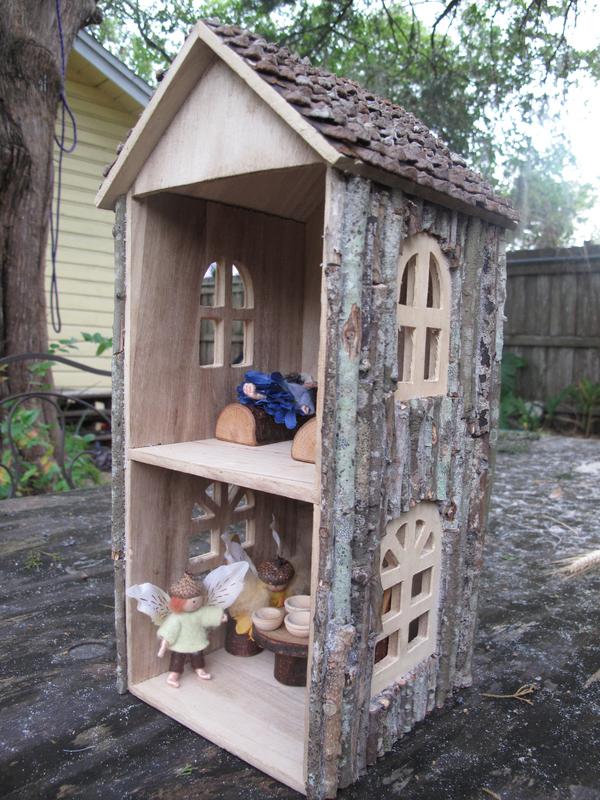 Изящный кукольный домик для детей