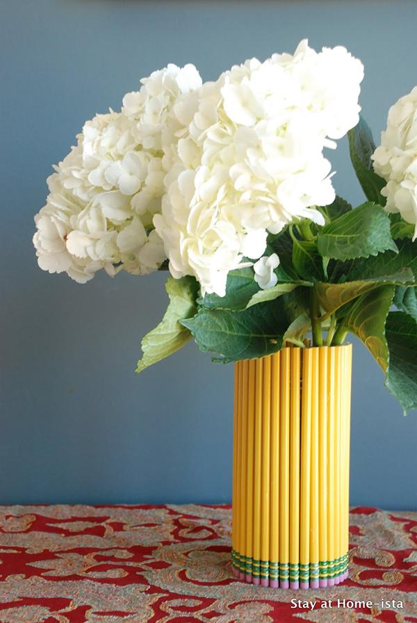 Бесподобная и модная ваза для цветов