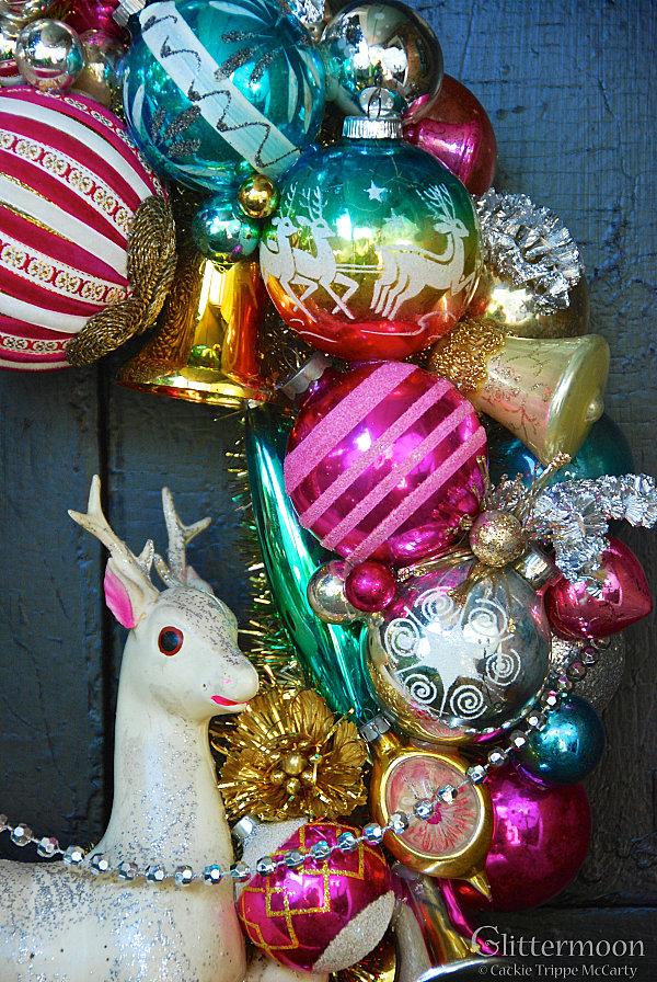 Винтажные ёлочные украшения: стеклянные шарики, сосульки, фигурки ивотных