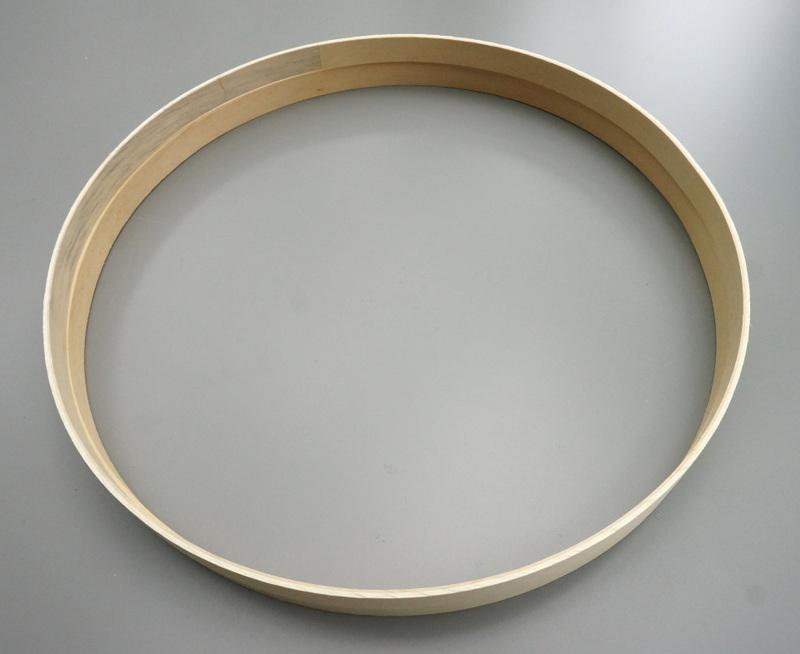 Уникальные элементы круглой полки
