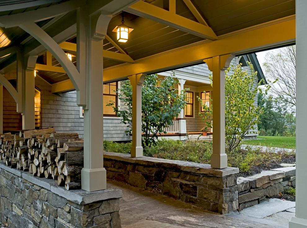 Дом из камня с деревянной пристройкой фото больнице