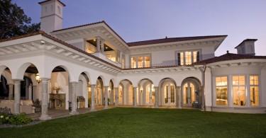 Дизайн двора в итальянских традициях: лоджия для вашего палаццо