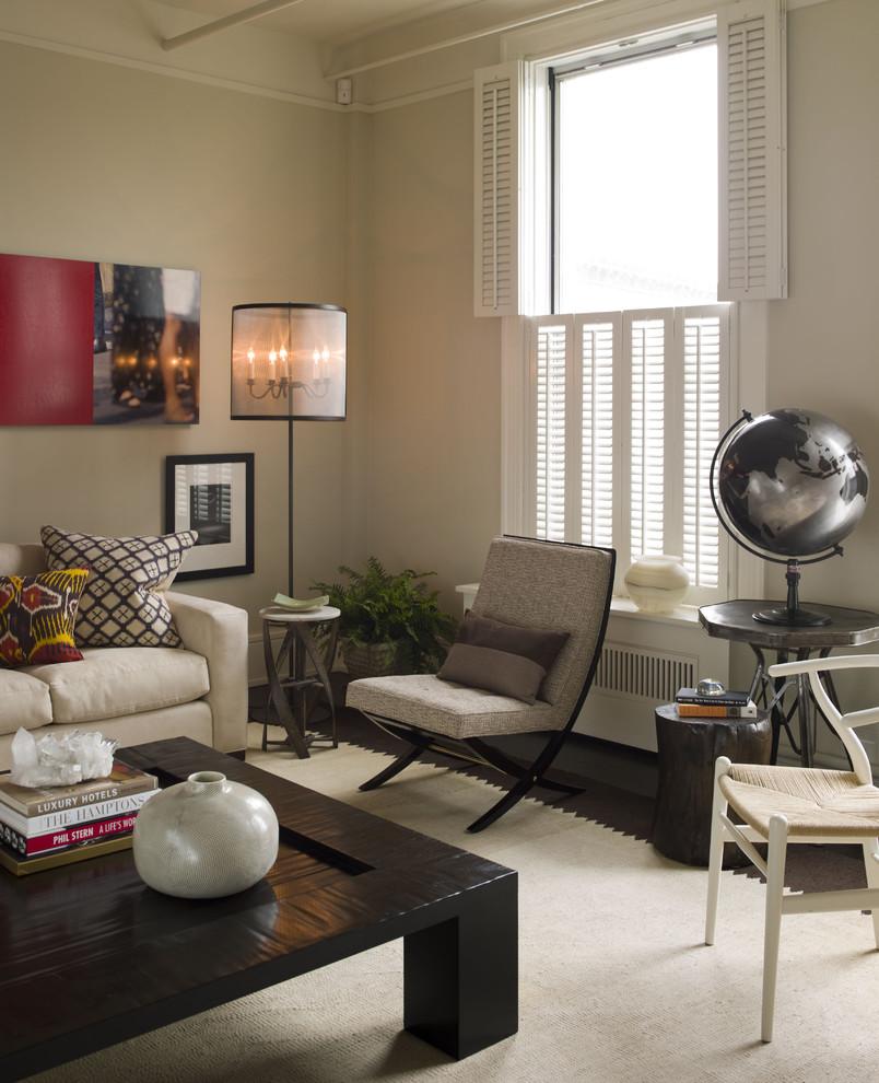 Уникальный глобус в интерьере помещения