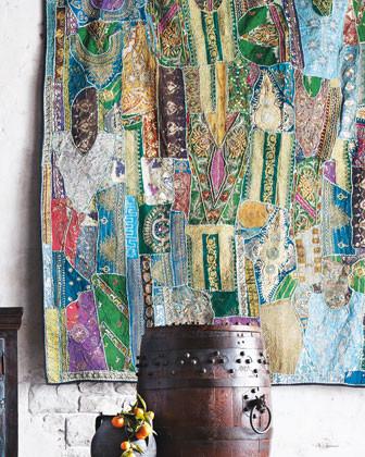 Яркие ткани в индийском интерьере