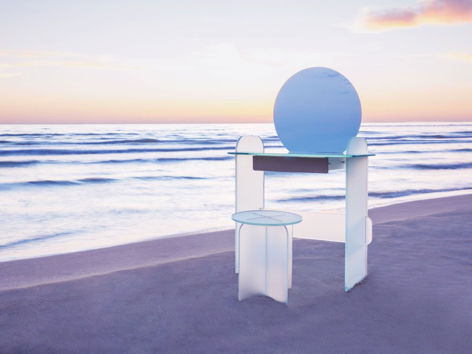 Кристины Селестино: зеркало на берегу моря