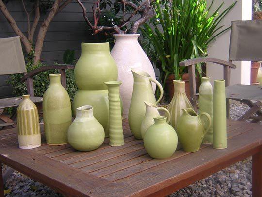 Современный дизайнер по керамике: Moye Thompson
