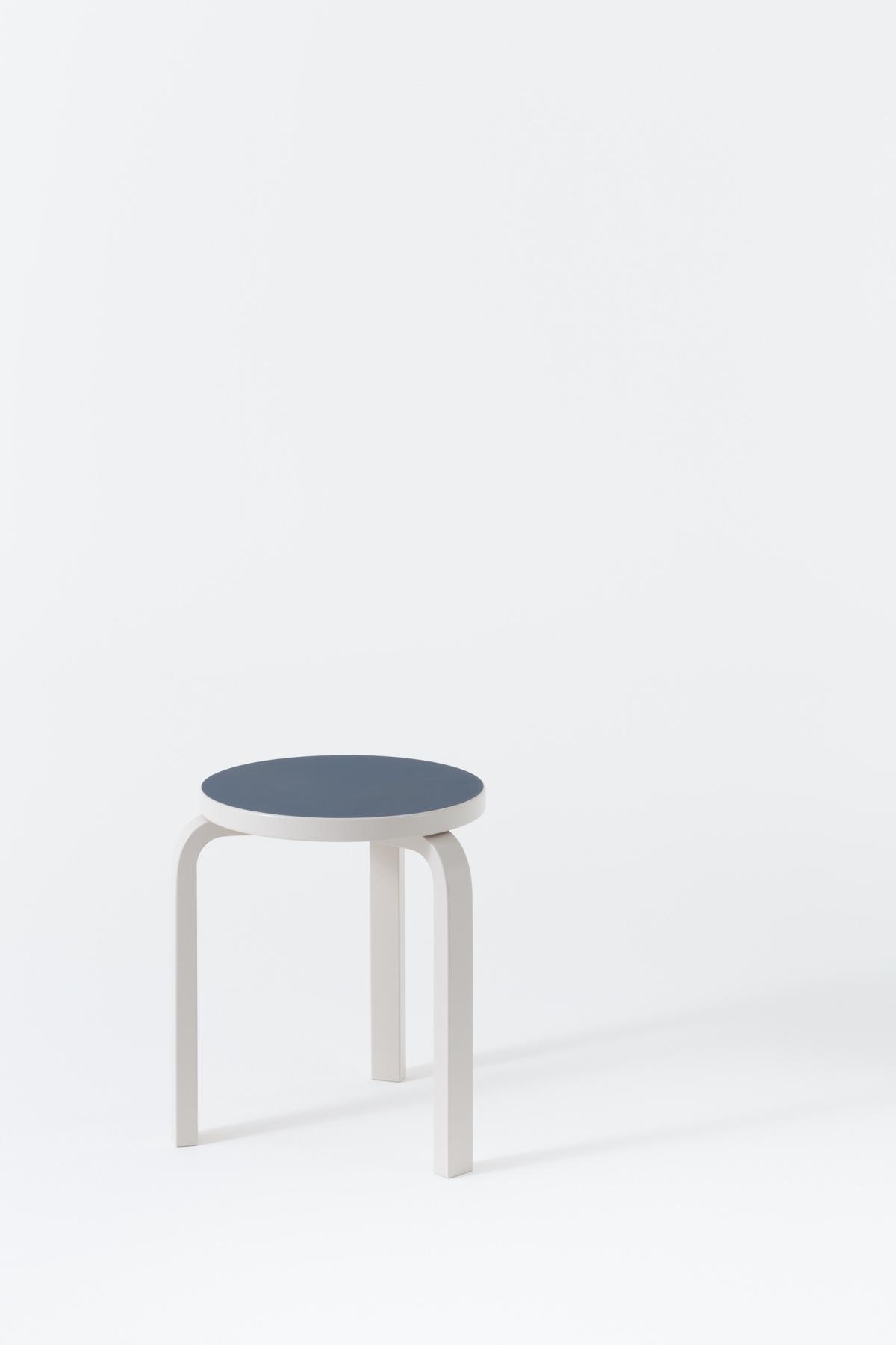 Дизайнер с мировым именем Алвар Аалто - стул 60