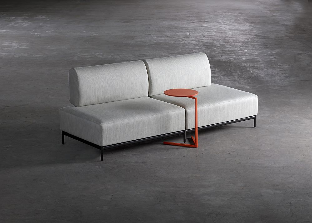 Дизайнерская мебель для офиса - сочетание серого и оранжевого. Фото 2