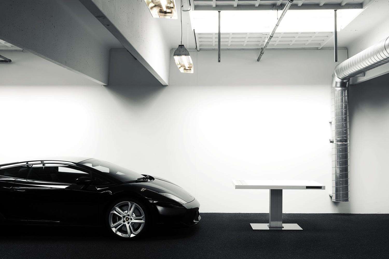 Дизайнерская мебель для офиса - лаконичный дизайн письменного стола