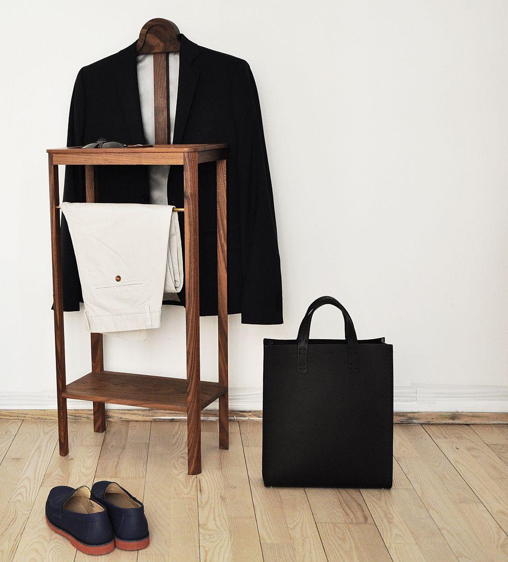 Дизайнерская мебель для офиса - деревянная вешалка для джентльменского набора