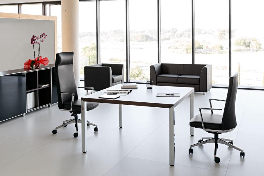 Дизайнерская мебель для офиса - кресла с функцией регулировки