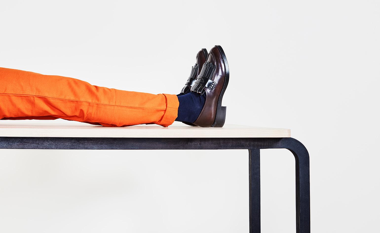 Работа дизайнерского дуэта: стол скамья - Фото 1
