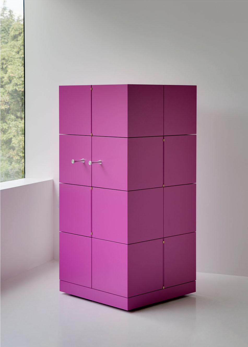 Дизайнерский шкаф в интерьере дома: Cubrick Sixteen