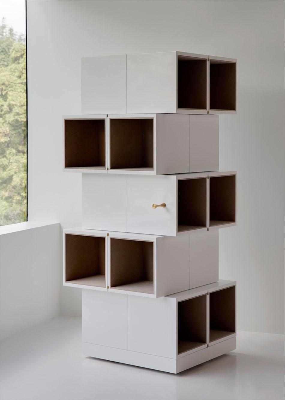 Дизайнерский шкаф в интерьере дома: высота шкафа Cubrick Twenty – 160 см