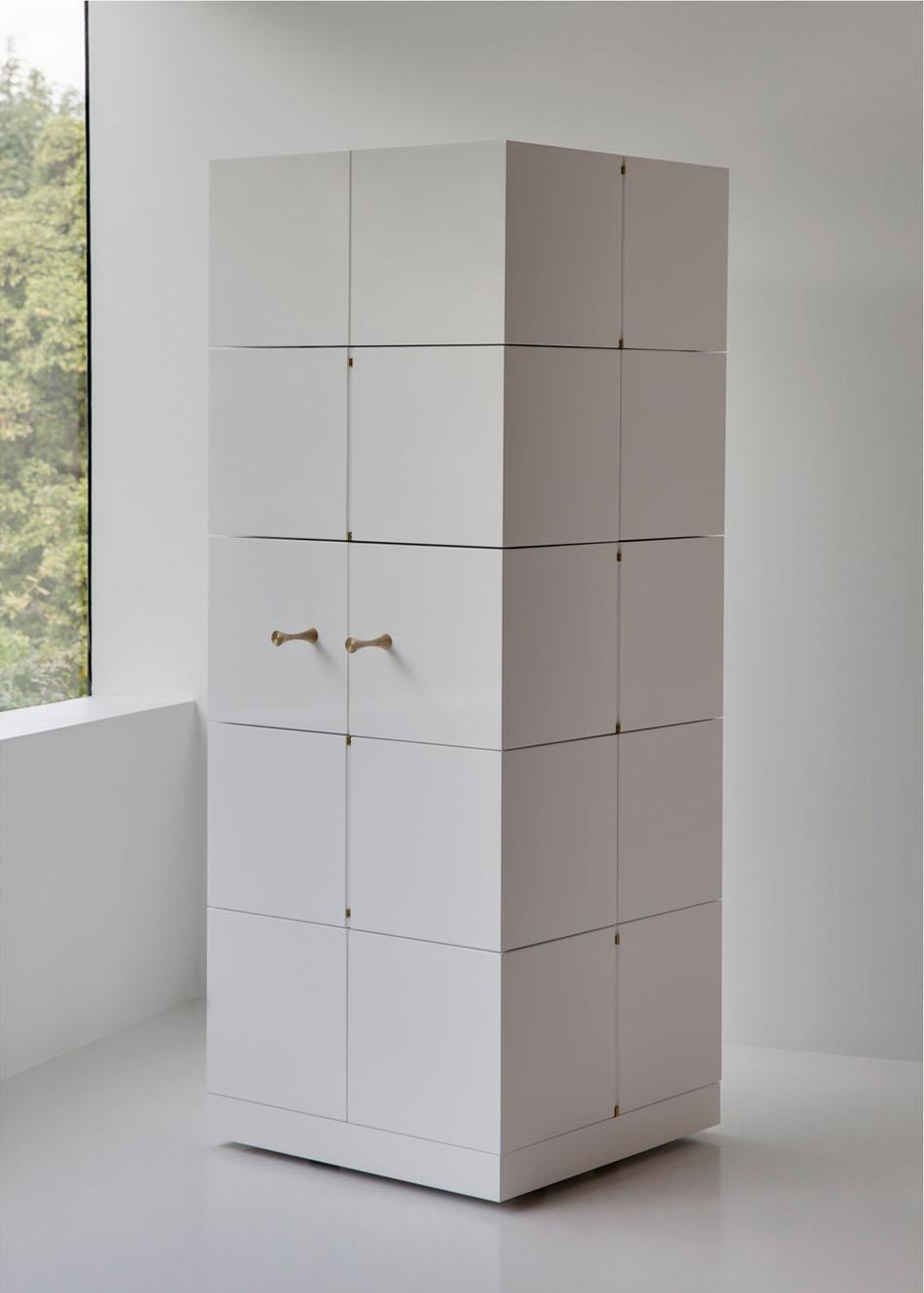 Дизайнерский шкаф в интерьере дома: Cubrick Twenty