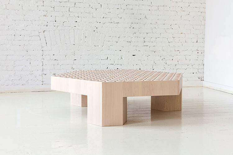 Дизайнерские коллекции мебели  - Qualities of Material от Fort Standard. Стол
