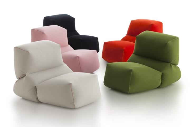 Современные дизайнерские пуфы различного цвета