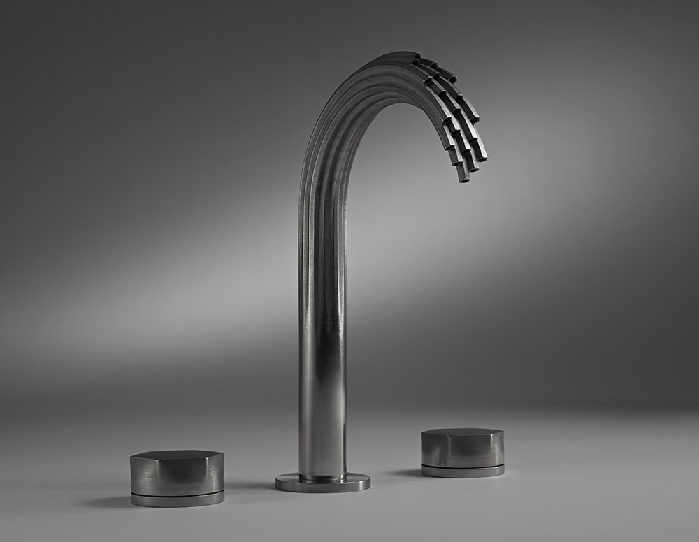 Дизайнерские смесители в ванную. Водяной поток