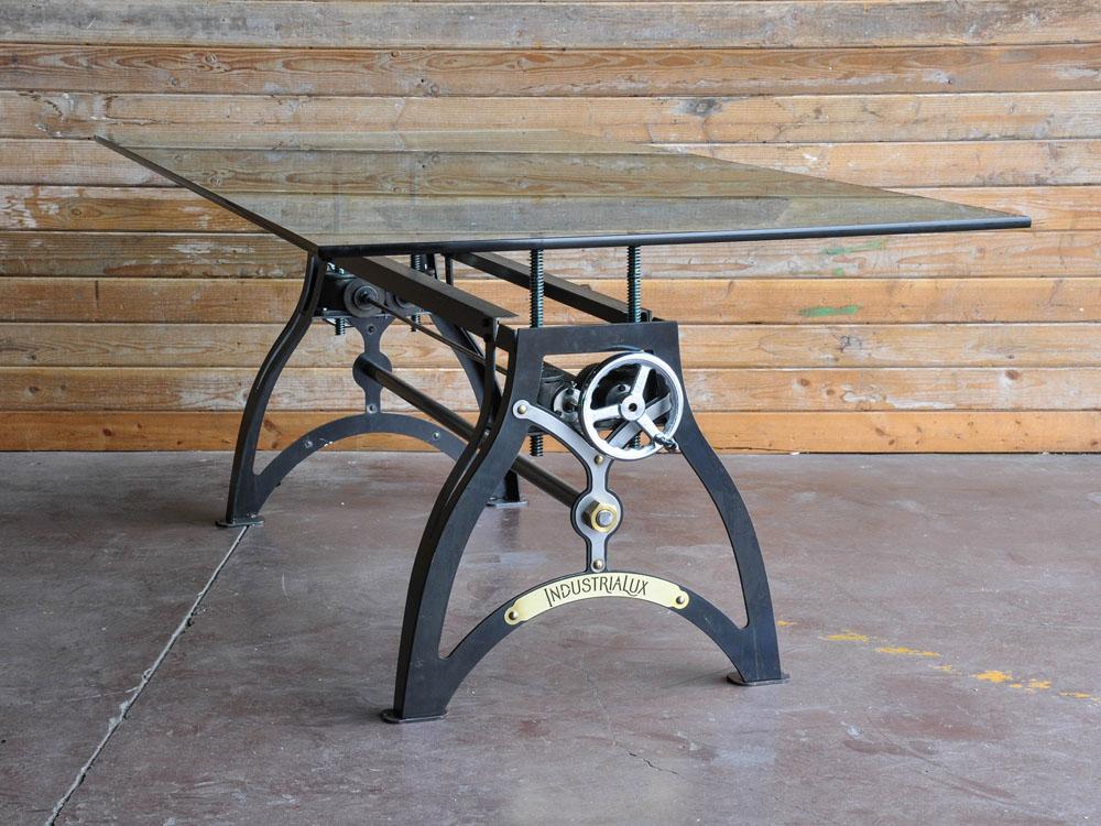 Дизайнерский стол в чёрном цвете со стеклянной столешницей - Фото 1