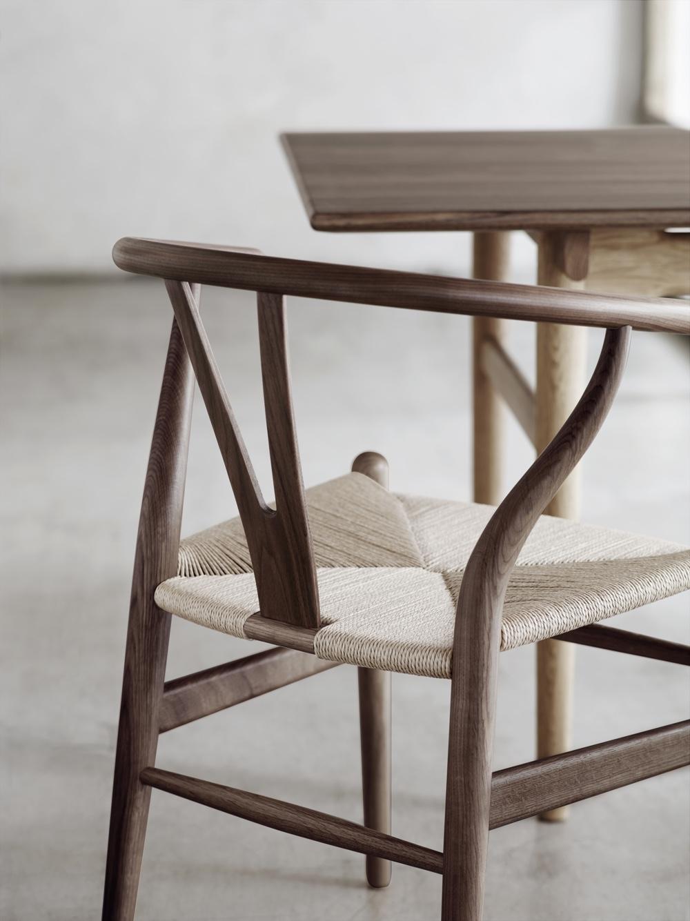 Стулья 40-х годов от дизайнера Финна Юля - Wishbone. Фото 2