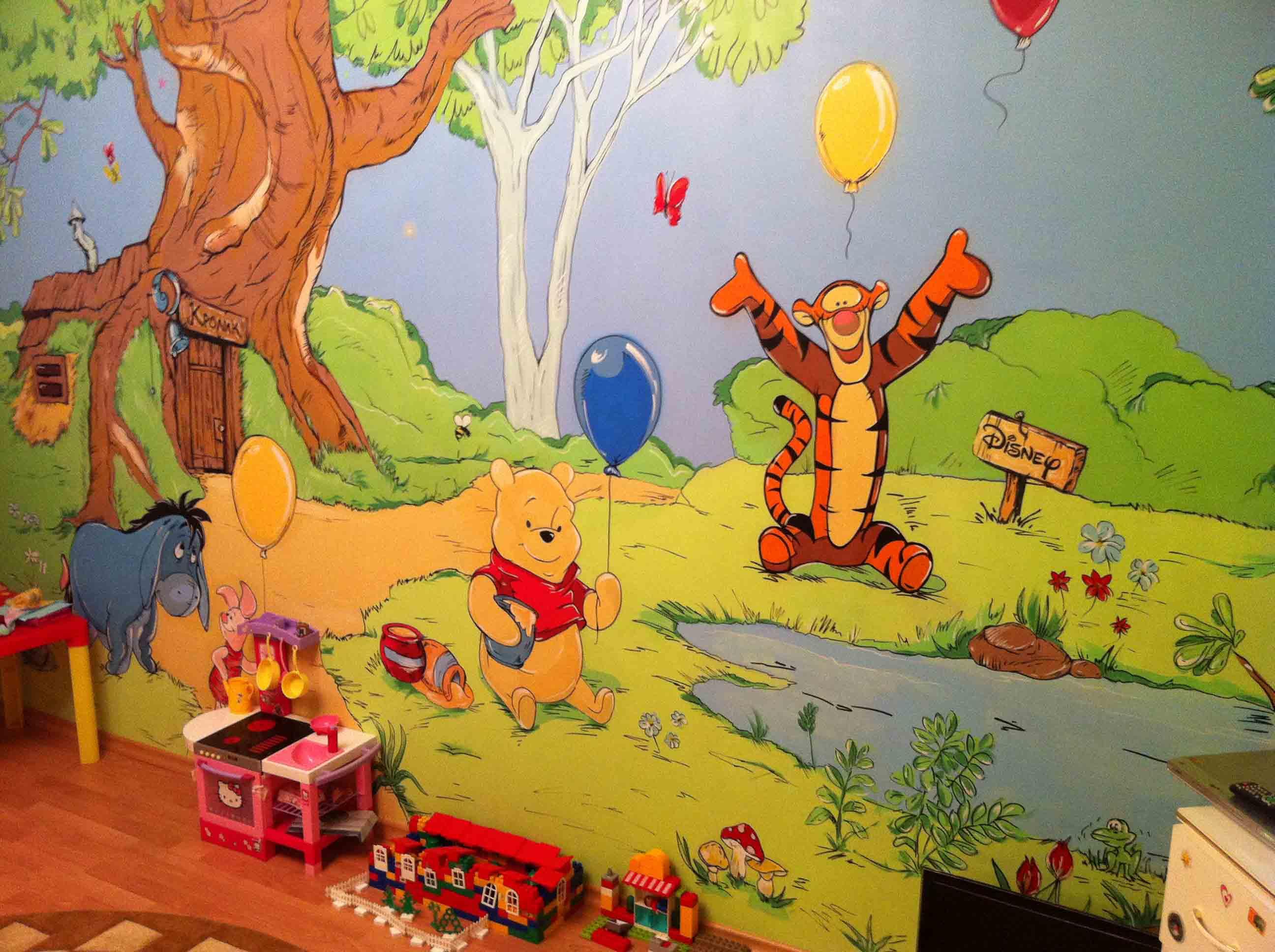 Рисунки на стенах в детской комнате своими руками фото