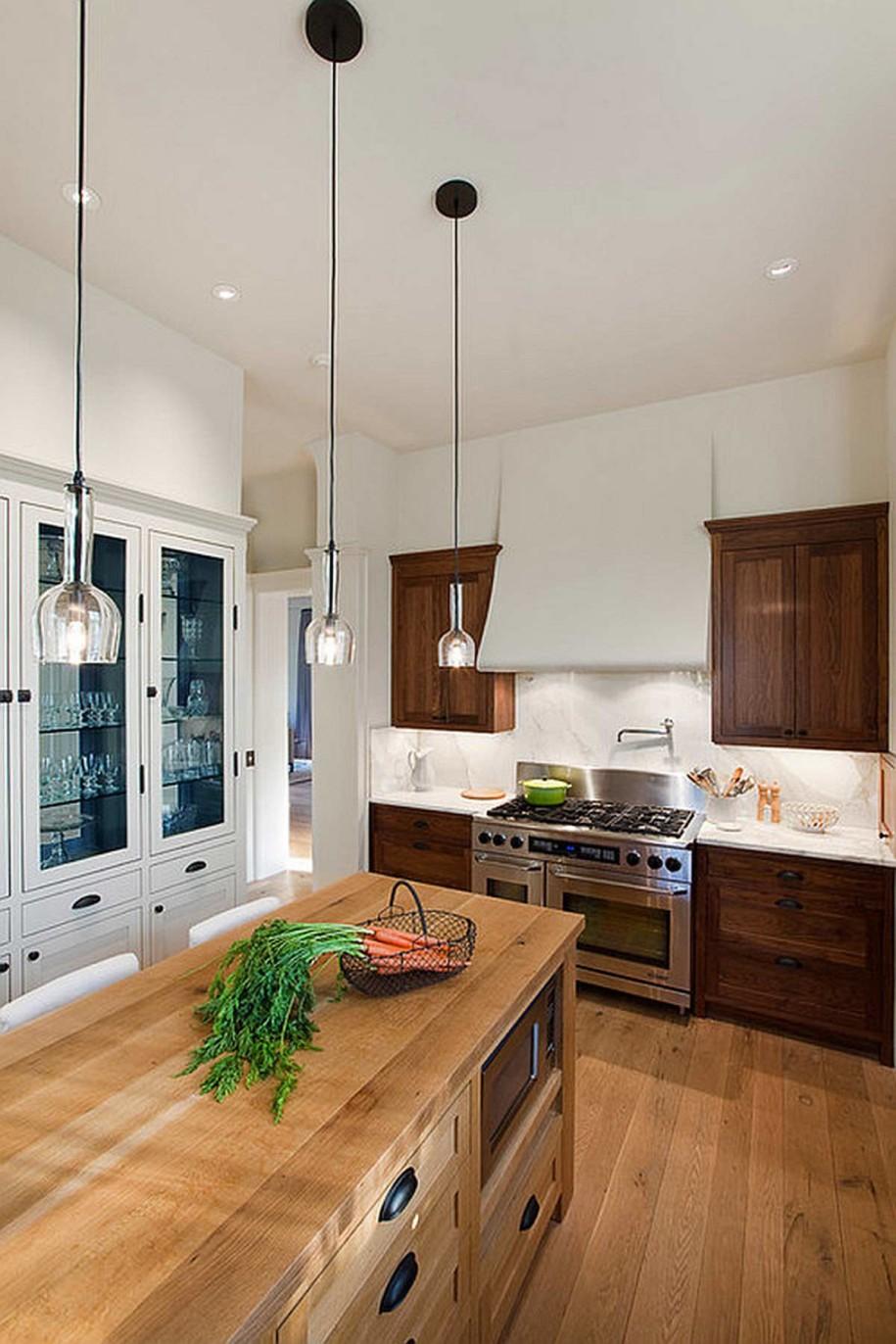 Яркий дизайн интерьера кухни в стиле эклектика