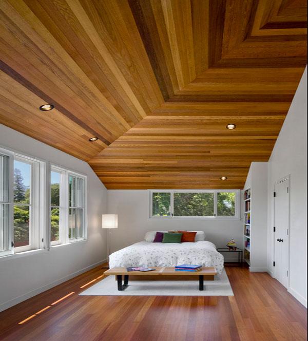 Потолок со встроенной подсветкой в спальне