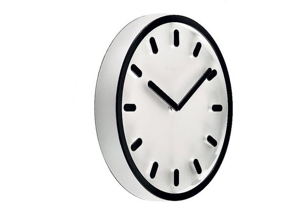 Яркие, стильные и очень практичные часы