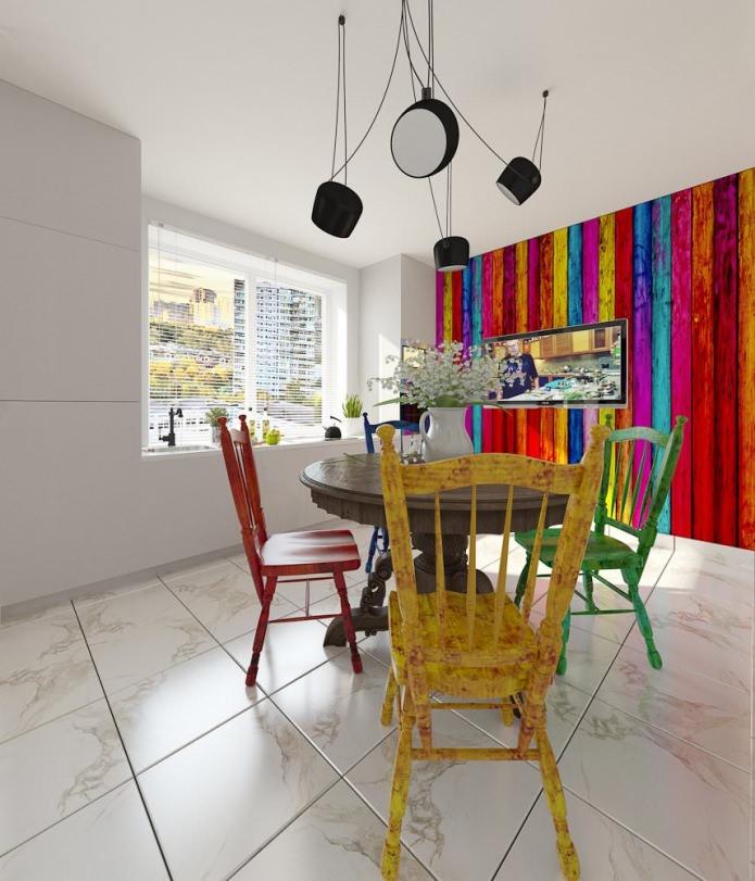 Дизайнерские стулья в интерьере кухонной зоны