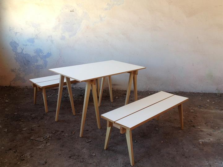Классический стол со скамьей