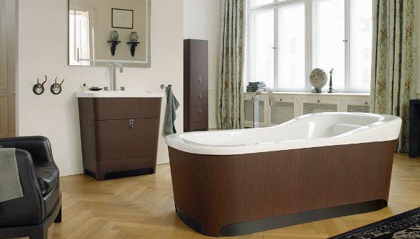 Интерьер ванной с дубовыми акцентами
