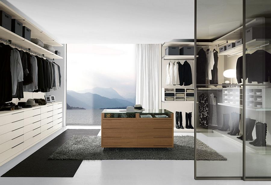 Белые шкафы в гардеробной
