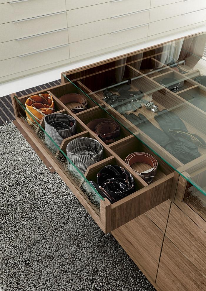 Деревянная мебель для хранения аксессуаров