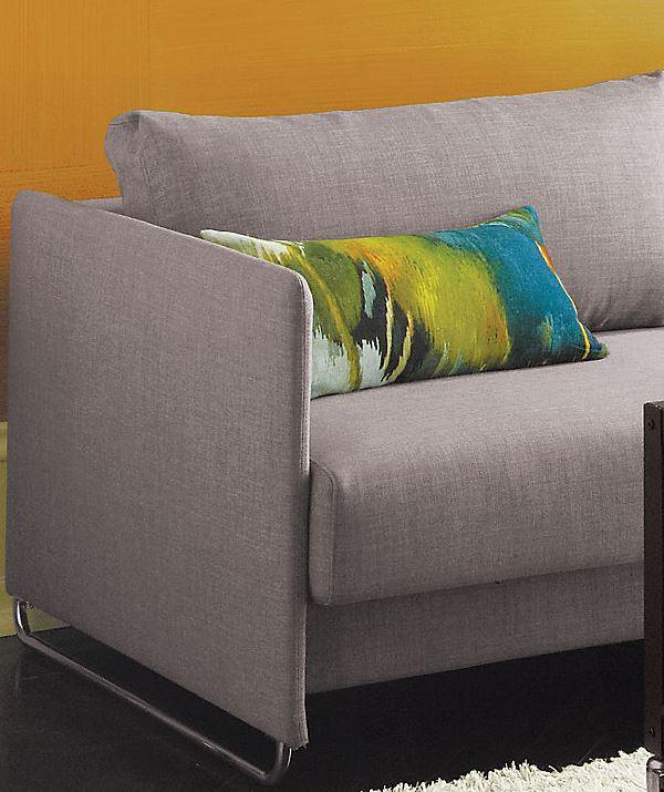 Радужные и абстрактные цвета на подушке