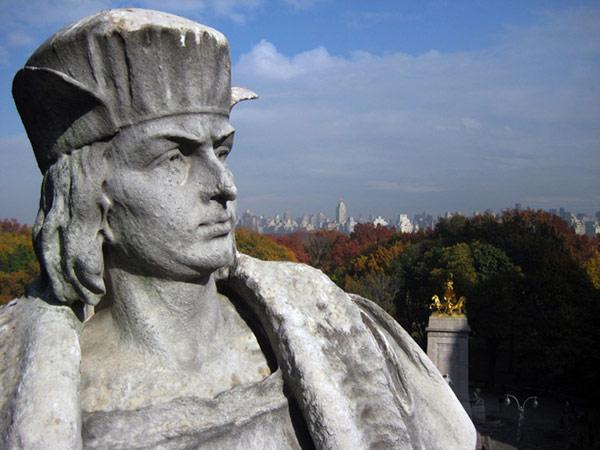 Скульптура Discovering Columbus