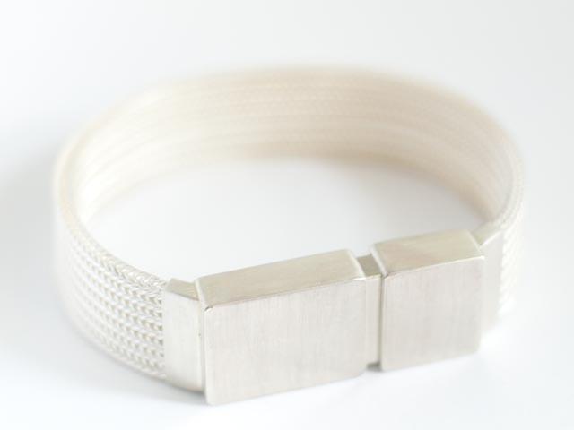 Мужской браслет с USB