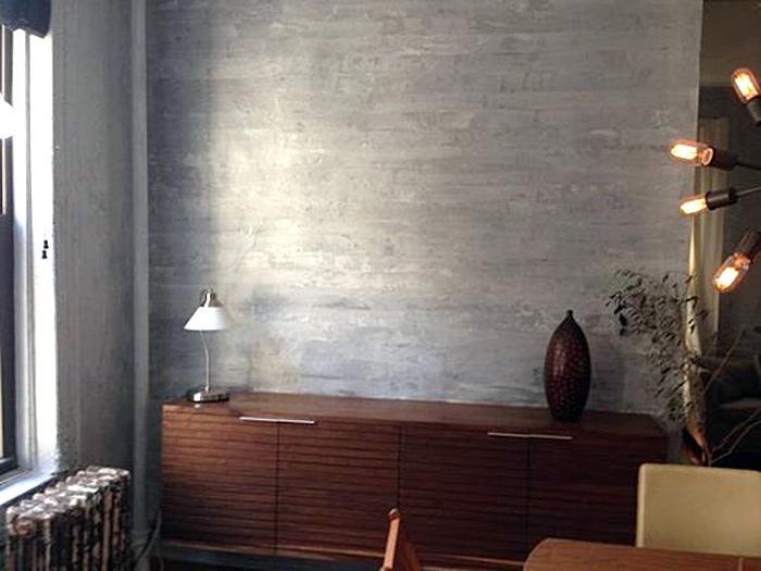 Декоративная отделка стены в дизайне интерьера